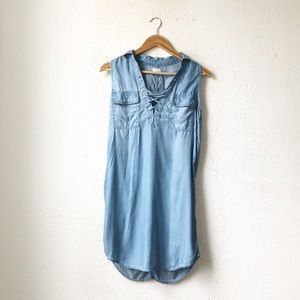 So | Sleeveless Chambray Lace-Up Smock Dress XS